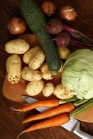 raccolta delle verdure ancora vita foto