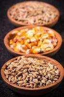 mescolare i cereali foto