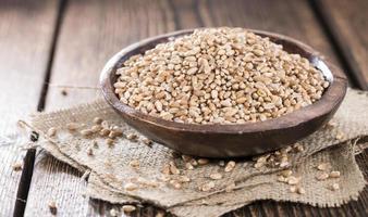 porzione di chicchi di grano foto
