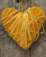 cuore giallo foto