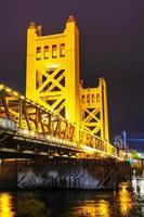 Ponte levatoio porte d'oro in sacramento foto