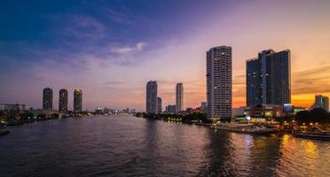 fiume Chao Phraya foto
