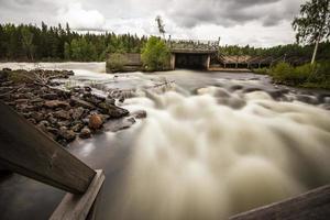 fiume selvaggio foto