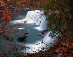 piccolo fiume, grande caduta foto