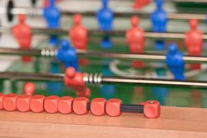 calcio balilla biliardino con primi piani del tabellone segnapunti