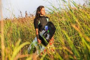 ragazza di kite surf foto