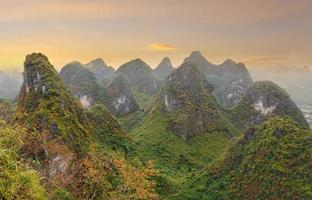 paesaggio montano della Cina
