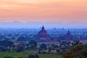 Bagan zona archeologica, myanmar foto