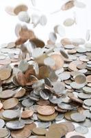 soldi che cadono foto