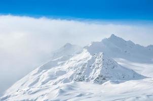 montagna invernale foto