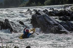 canoa per acque bianche