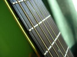 chitarra acustica 4 foto