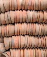 vasi da fiori in terracotta foto