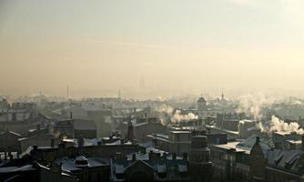 tetti in inverno foto