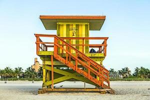 torre di guardia di vita sulla spiaggia del sud, Miami, Florida foto