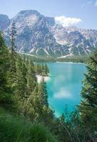 Lago di Braies, Dolomiti foto