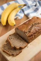 pagnotta di pane alla banana foto