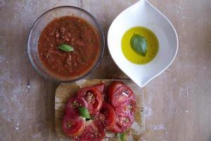 salsa di pomodoro alle erbe