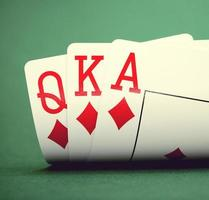 giocando a carte foto