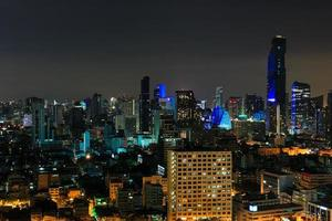 città di notte a bangkok foto