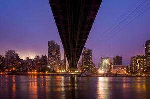 ponte della regina, skyline di new york foto