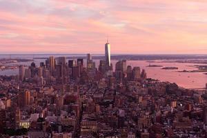 tramonto su manhattan foto