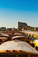 deposito di scuolabus, coney island, new york, stati uniti d'america foto