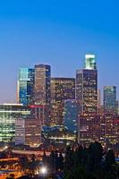 skyline di los angeles al crepuscolo