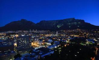 table mountain di notte foto