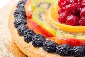 torta di frutta fresca foto