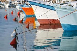 barche da pesca molo nella vecchia Giaffa, Israele. foto