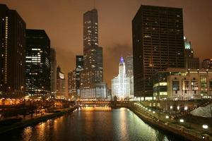 Vista notturna di Chicago, Stati Uniti d'America foto