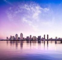 centro città di san diego, california usa all'alba foto