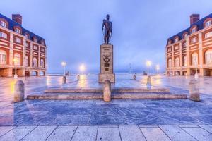 quadrato marrone almirante a mar del plata, argentina foto