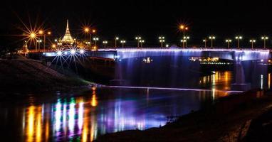bellissimo ponte foto
