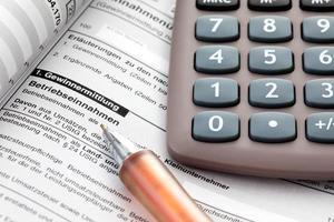tasse, costi, documenti, calcolatrice, da vicino foto