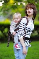 giovane madre con il suo bambino bambino foto