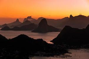 Mountain View scenico di Rio de Janeiro dal tramonto foto