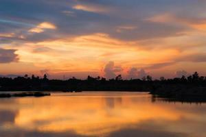 sagoma del tramonto foto