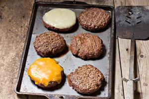 polpette di hamburger alla brace