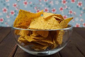 ciotola di tortilla chips foto
