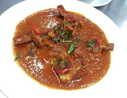 curry rosso tailandese con gambero foto
