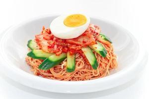 spaghetti freddi alla coreana foto