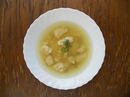 piatto di zuppa foto