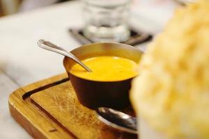 curry tailandese della polpa di granchio di stile foto