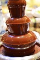Fontana di cioccolato foto