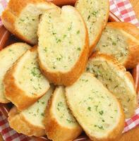 pane all'aglio e alle erbe