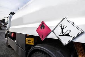 trasportatore di benzina foto