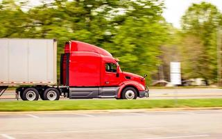 camion carico foto