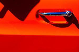 pomello per porta cromato vintage rosso pick-up foto